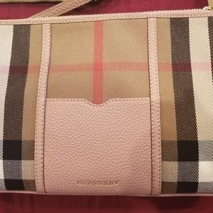 Brand New Burberry Peyton House Check Crossbody